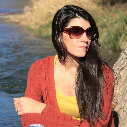 Cathy De La Garza